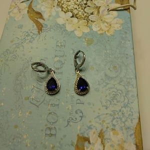 Jewelry - Sapphire and silver earrings